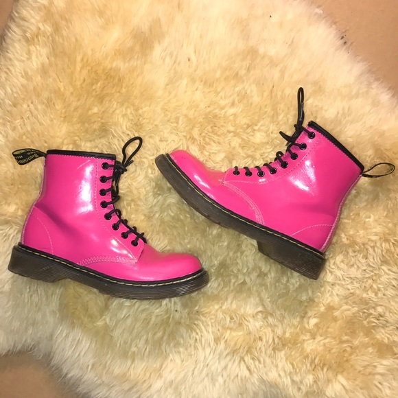 65dad62386c01 Dr. Martens Shoes | Zip Up Drmartens Size 1 Girls Pink Boots Eu 32 ...